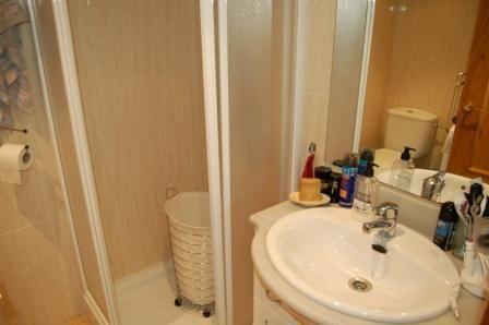 Salle d'eau Location Appartement 75093 Llança