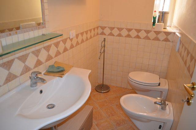 salle de bain Location Appartement 99161 Falconara Marittima