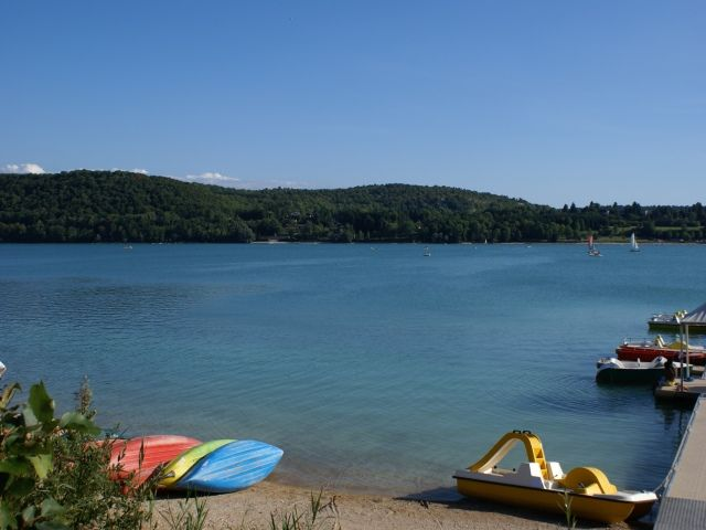 Vue à proximité Location Gite 97963 Clairvaux-les-Lacs