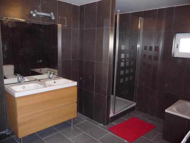 salle de bain Location Chalet 67772 Ax Les Thermes