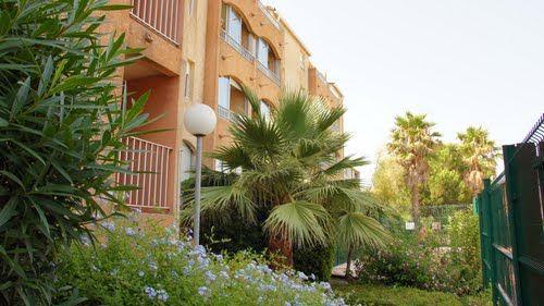 Jardin Location Appartement 68666 La Londe les Maures