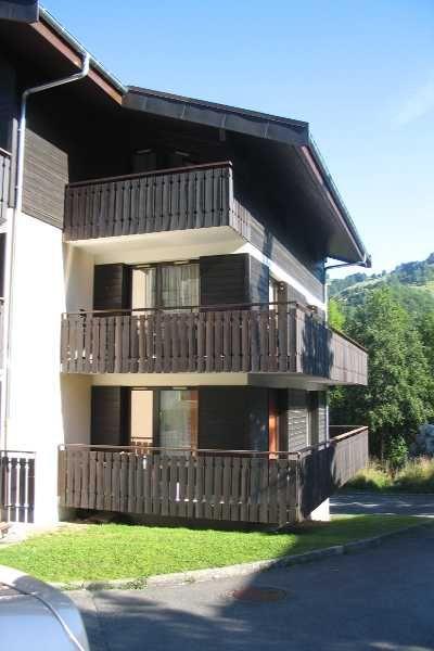 Vue extérieure de la location Location Appartement 70192 Bernex
