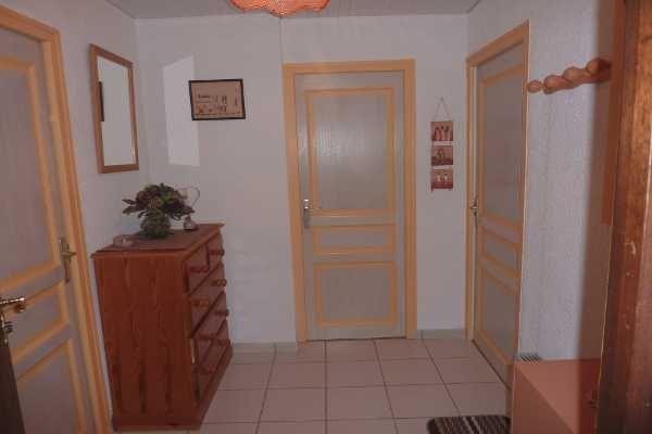 Entrée Location Appartement 70192 Bernex