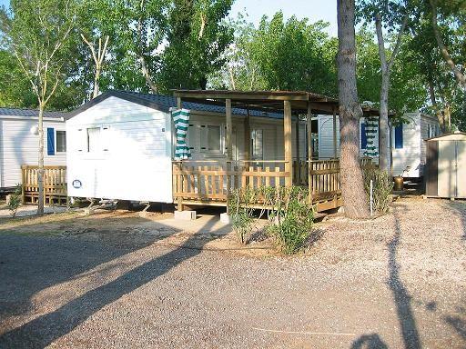 Vue extérieure de la location Location Mobil-home 10050 Vias Plage