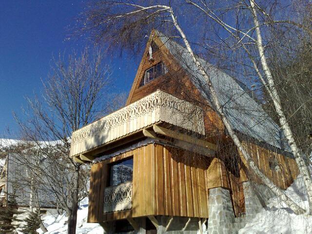 Vue extérieure de la location Location Chalet 108 Alpe d'Huez