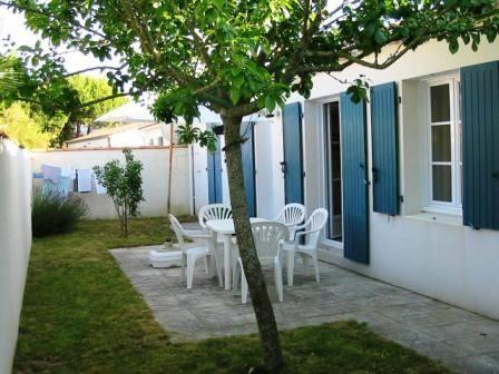 Vue extérieure de la location Location Maison 15077 Le Bois-Plage-en-Ré