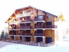 Vue extérieure de la location Location Appartement 1553 La joue du Loup