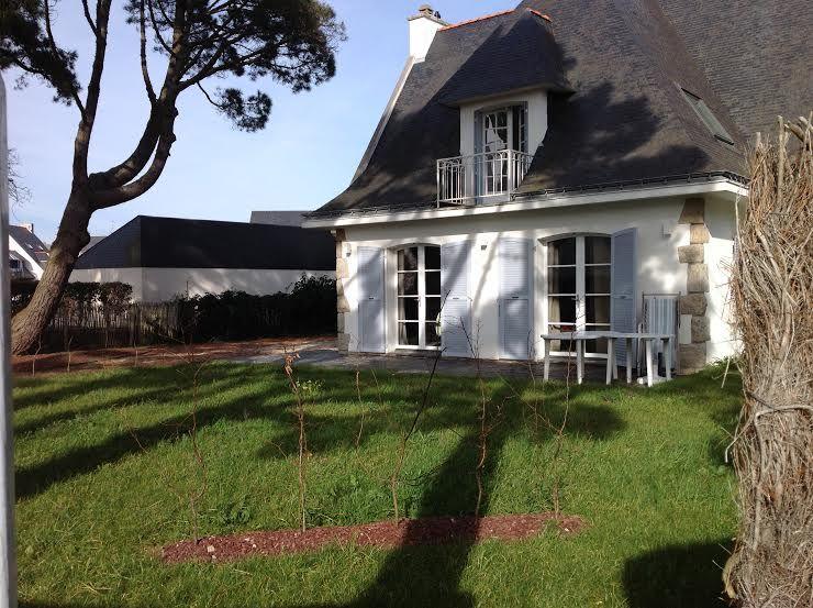 Vue extérieure de la location Location Villa 16120 Carnac