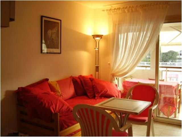 Location Appartement 17381 Cannes