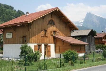 Vue extérieure de la location Location Chalet 1905 Morillon Grand Massif