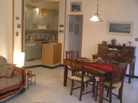 Salle à manger Location Appartement 21472 Bonassola