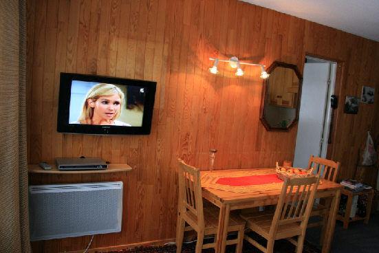Salon Location Appartement 2386 Puy Saint Vincent