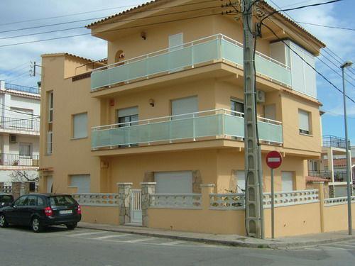 Vue extérieure de la location Location Appartement 24682 L'escala
