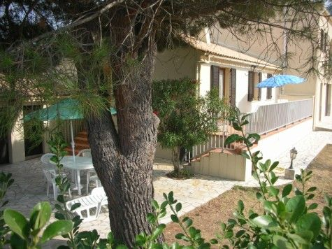 Vue extérieure de la location Location Villa 28209 Calvi