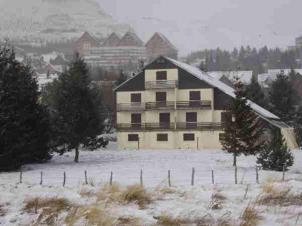 Vue extérieure de la location Location Studio 28628 Besse - Super Besse