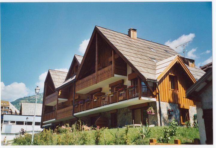 Vue extérieure de la location Location Studio 32244 Serre Chevalier