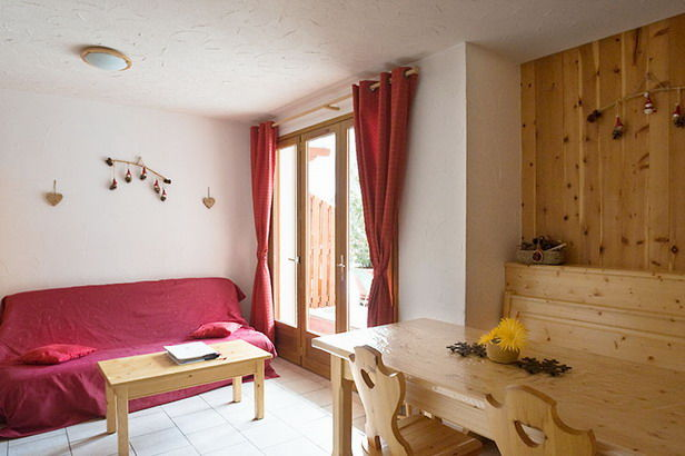 Salon Location Appartement 3395 Valloire