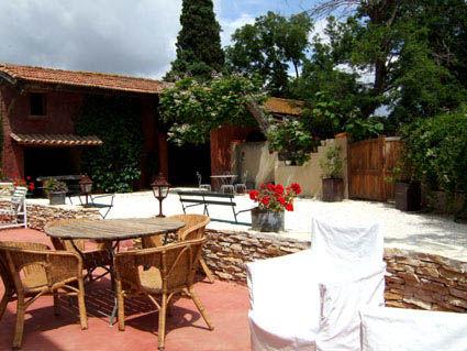 Cour Location Gite 38926 Carcassonne