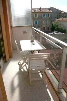Vue du balcon Location Studio 40335 Bandol