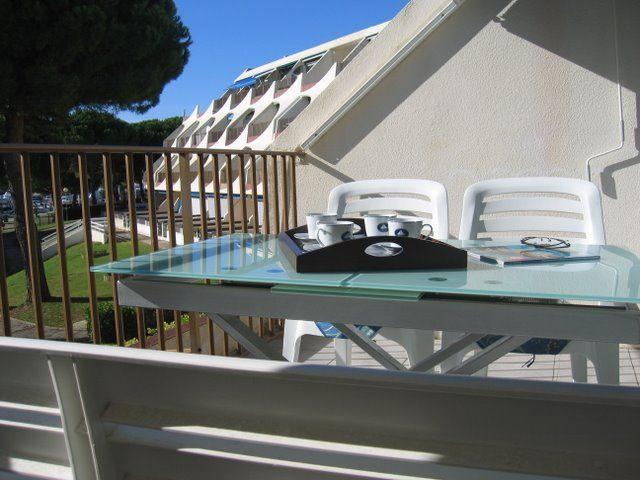 Terrasse Location Appartement 40807 Port Camargue