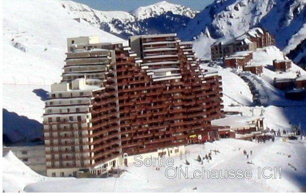 Vue extérieure de la location Location Appartement 4297 La Mongie