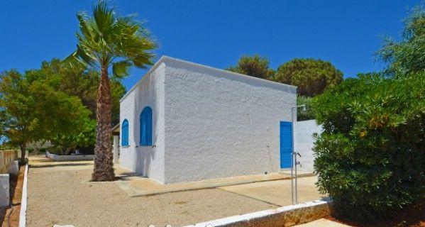 Vue extérieure de la location Location Maison 45348 Pescoluse