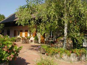 Vue extérieure de la location Location Gite 49317 Aix Les Bains