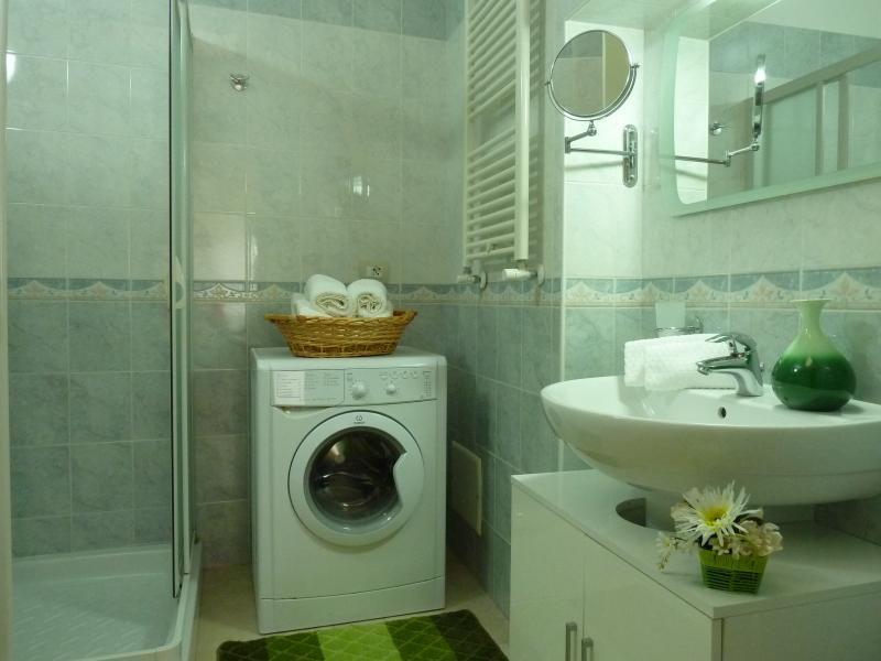 salle de bain Location Appartement 49678 Monopoli