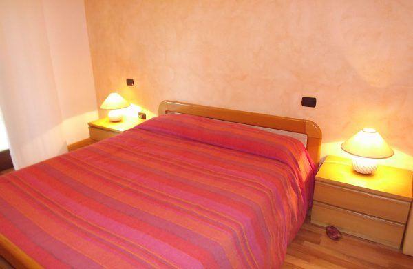 chambre 1 Location Villa 52033 Verbania