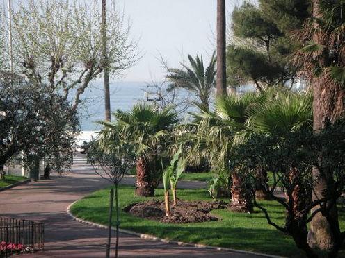 Vue du balcon Location Appartement 5542 Cannes