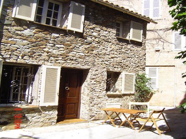 Vue extérieure de la location Location Maison 5673 Saint Tropez