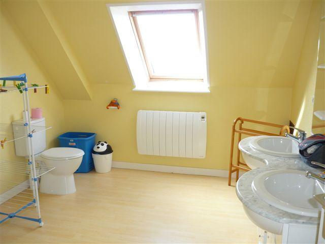 salle de bain 2 Location Maison 58777 Saint-Pol-de-Léon