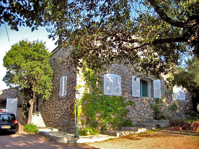 Vue extérieure de la location Location Villa 59191 Ste Lucie de Porto Vecchio