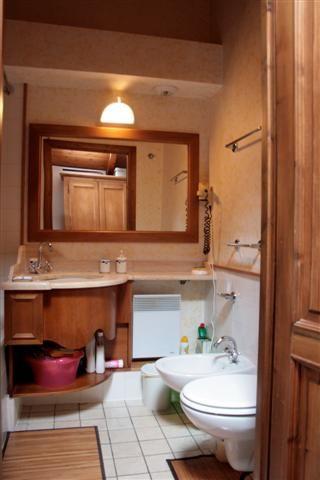 salle de bain Location Studio 62468 Les Houches
