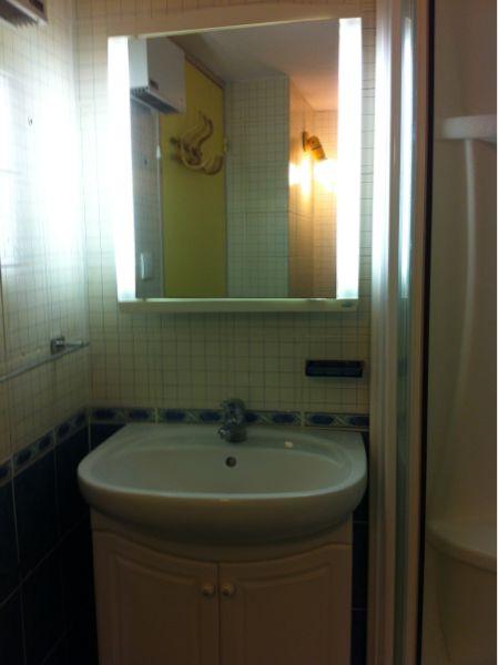 salle de bain Location Appartement 63327 Sanary