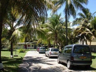 Vue extérieure de la location Location Bungalow 8029 Sainte Anne (Guadeloupe)