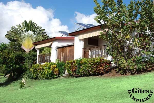 Vue extérieure de la location Location Studio 8072 Vieux-habitants