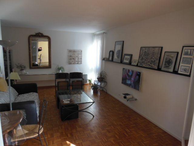 Salon Location Appartement 8405 Cassis