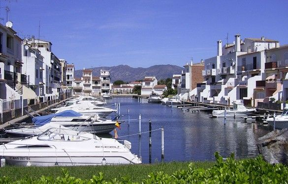 Location Appartement 97331 Empuriabrava