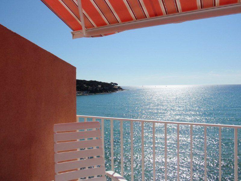 Vue du balcon Location Studio 69918 Bandol