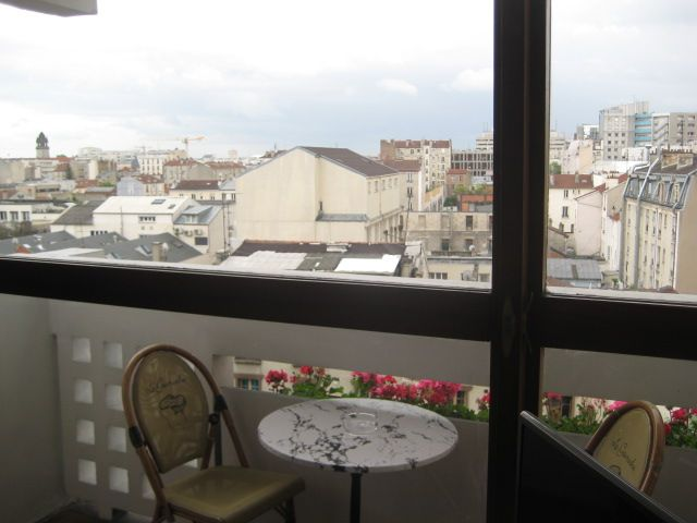 Balcon Location Appartement 97715 PARIS