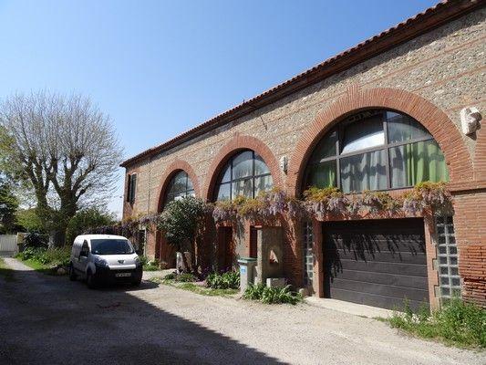 Vue extérieure de la location Location Appartement 97594 Perpignan