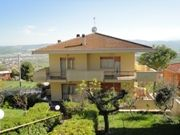 Vue extérieure de la location Location Appartement 70121 Roseto degli Abruzzi