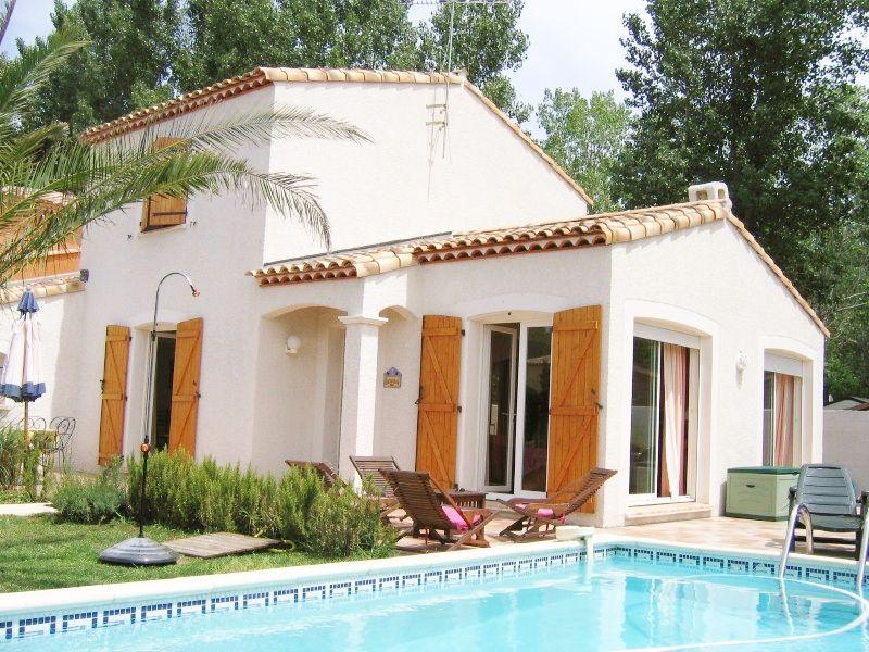 Vue extérieure de la location Location Villa 90171 Le Grau du Roi
