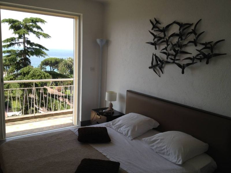 chambre 1 Location Appartement 104812 Cannes