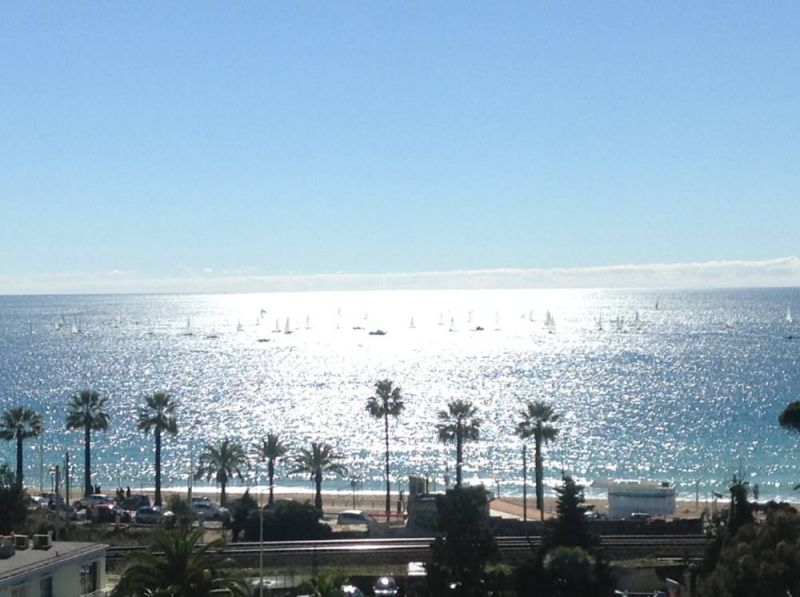 Vue du balcon Location Appartement 104812 Cannes