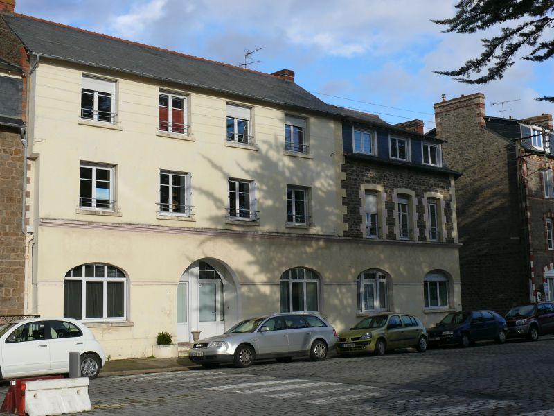 Vue extérieure de la location Location Appartement 107051 Dinard
