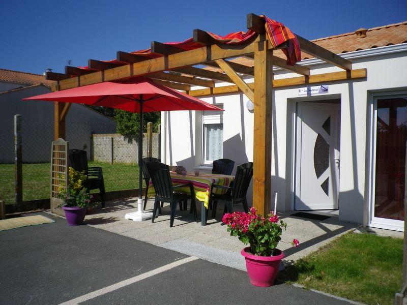 Vue extérieure de la location Location Maison 113293 Les  Sables d'Olonne