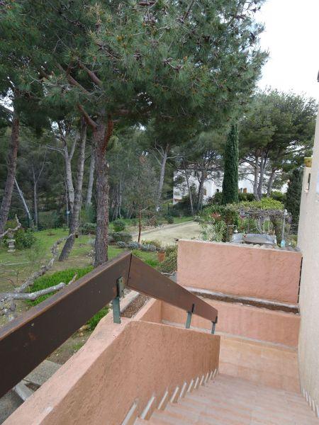 Vue extérieure de la location Location Studio 113859 Bandol