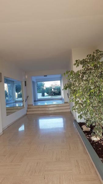 Entrée Location Appartement 117475 Nice